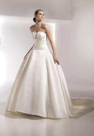 Свадебное платье жемчужный цвет
