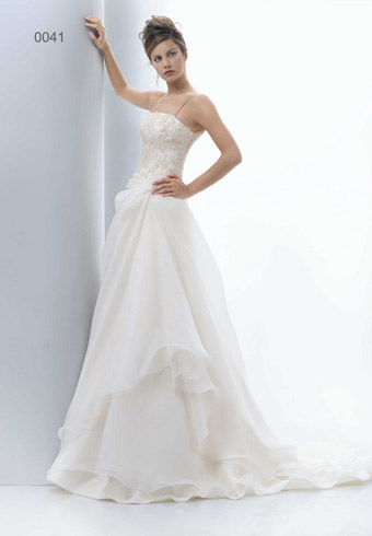 Фото 1 - Свадебное платье Pat MASEDA 9141 фотографии и цены.