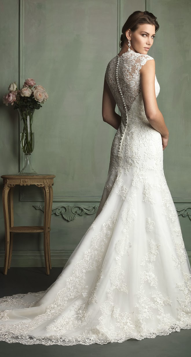 особо-то хочет свадебные платья с закрытой спиной фото скрытное ночное